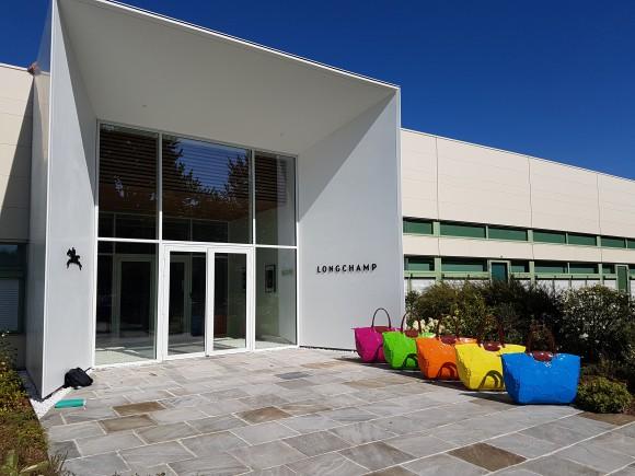 Auvent des bureaux Longchamp